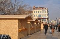 20 дървени къщички готови за Коледния базар