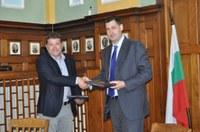 Българската аутсорсинг асоциаиция (БАА) подписа меморандуми за сътрудничество с община Пловдив