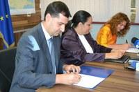 Кметът Иван Тотев подписа в МРРБ договора за модернизация на градския транспорт в Пловдив