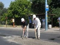 Кметът Иван Тотев постави началото на уличните ремонти