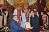 """Кметът Иван Тотев с отличие по повод годишнина на арменската църква """"Сурп Кеворк"""""""