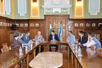 """Кметът Иван Тотев се срещна с представители на Комитета за наблюдение по ОП """"Региони в растеж"""""""