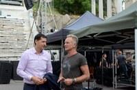 Кметът Иван Тотев се срещна със Стинг на Античния театър в Пловдив