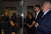 Оригиналите на пет златни съкровища на България заблестяха в Архелогическия музей в Пловдив