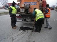 Преасфалтиране на булеварди вместо кърпене на дупки