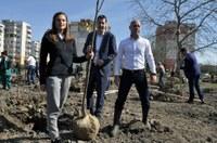"""С мащабно залесяване започна поредното разширение на парк """"Лаута"""""""