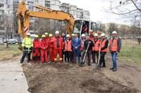 Със символична първа копка започна изграждането на първия многоетажен паркинг в Пловдив