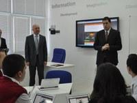 В Математическата гимназия заработи първата в Пловдив смарт класна стая