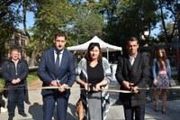 """В Пловдив прерязаха лентата на обновените по европейска програма площад """"Света Петка"""" и цялата градска зона"""