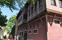 """Възстановяват Къщата на занаятите в Стария град по """"Красива България"""""""