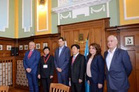 Задълбочаване на сътрудничеството обсъди кметът Иван Тотев с делегация от Китай