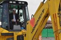 Изграждат спортна площадка в училището в Прослав